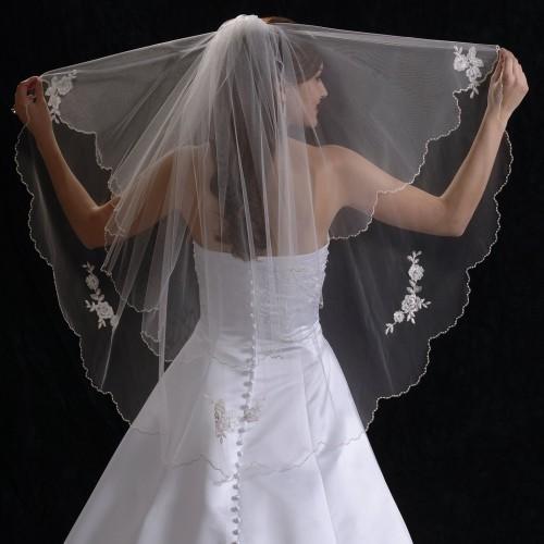 ウエディングドレス 小物 ベール スカラップ/花刺繍/フェミニン/大人可愛い